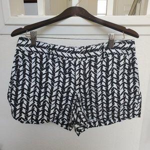 LOFT Black And White Print Shorts